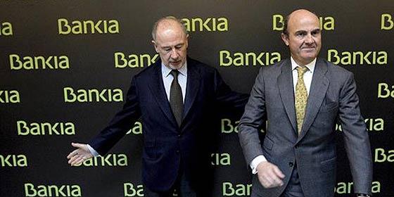 Rajoy y Guindos se ensañan con Rato a costa de Bankia