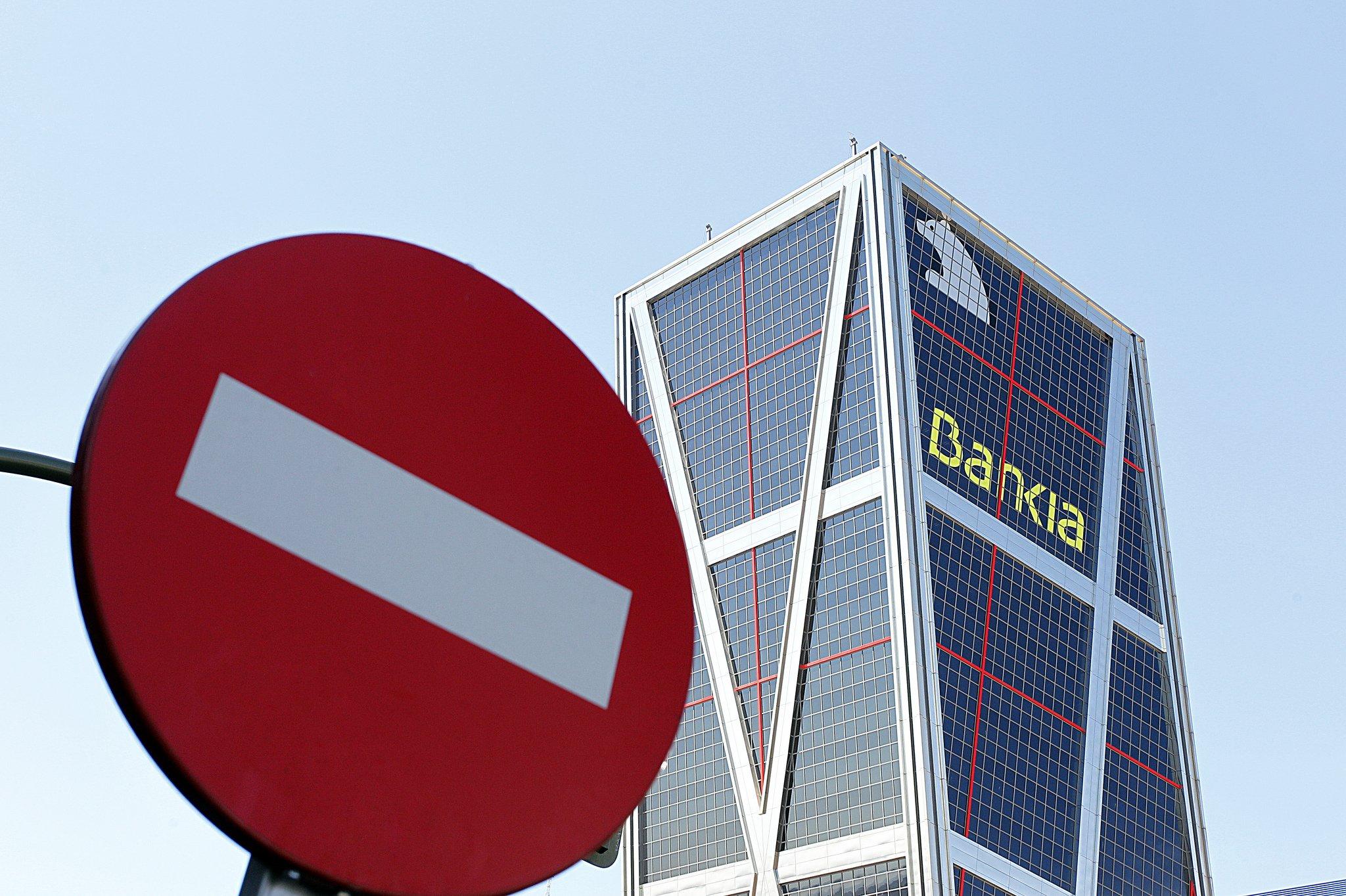 Román Escolano tiene un problema: para no perder, Bankia debería cotizar a 6,9 euros y ahora lo hace a 3,3.