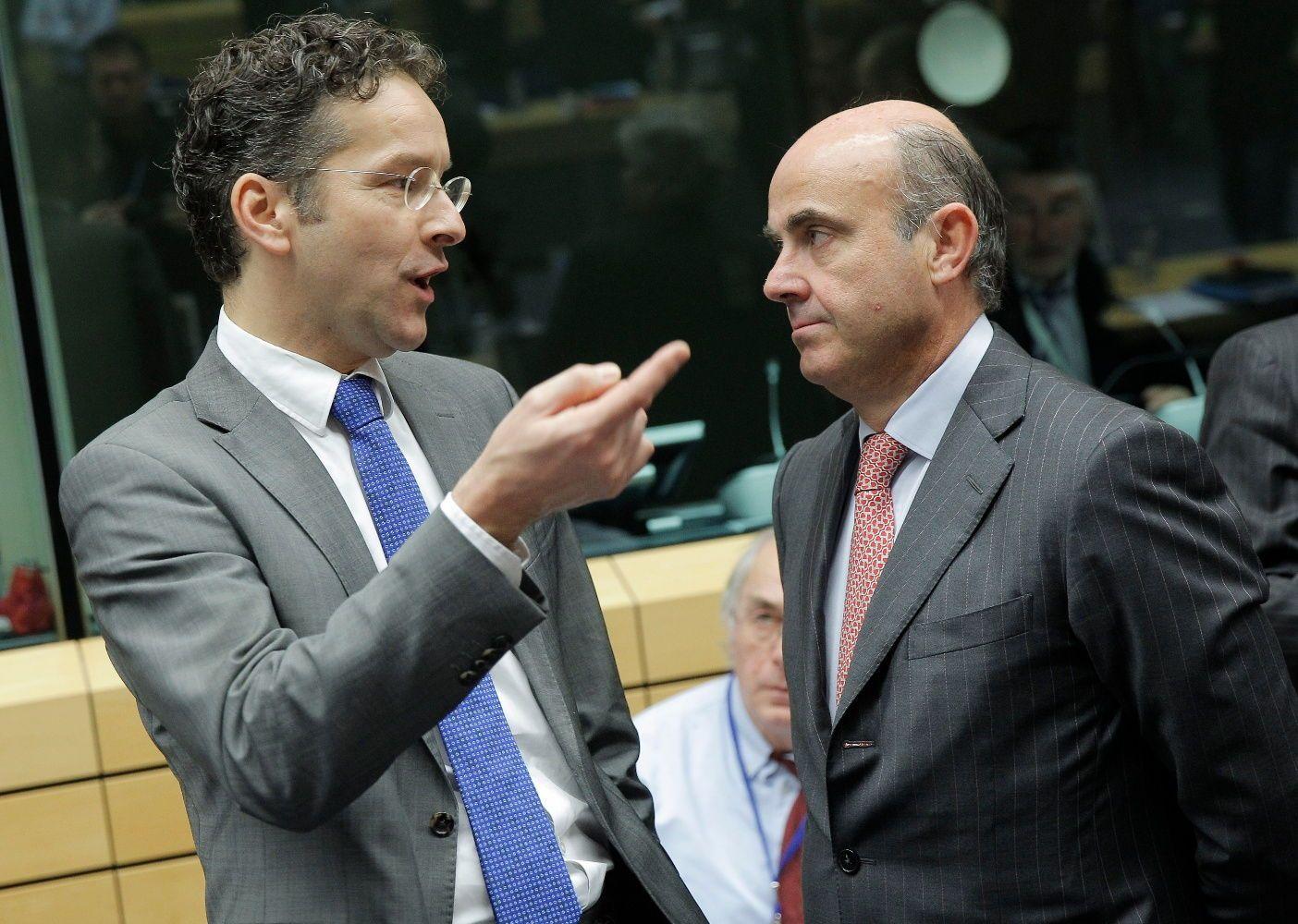 Rajoy quiere que Guindos presida el Eurogrupo y que siga como ministro de Economía