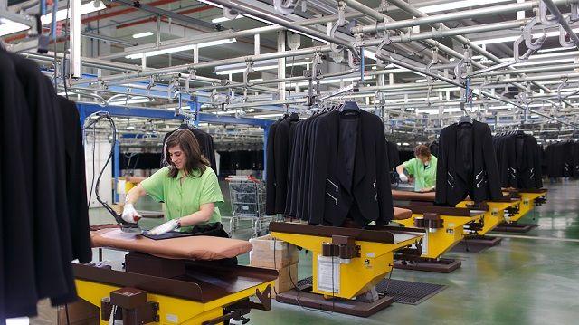 No es 'made in Spain', pero casi: Inditex pasa por nuestro país todo lo que distribuye en el mundo