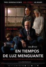 Cartel de la película 'En Tiempos de Luz Menguante'.