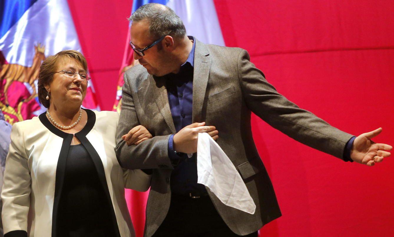 Chile. Bachelet, arrollada por la tormenta política que sigue a los casos de corrupción