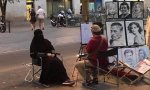 Tontunas feministas y tontunas islámicas. Circula por Internet la imagen de una muejer con burka a la que pintanun retrato.