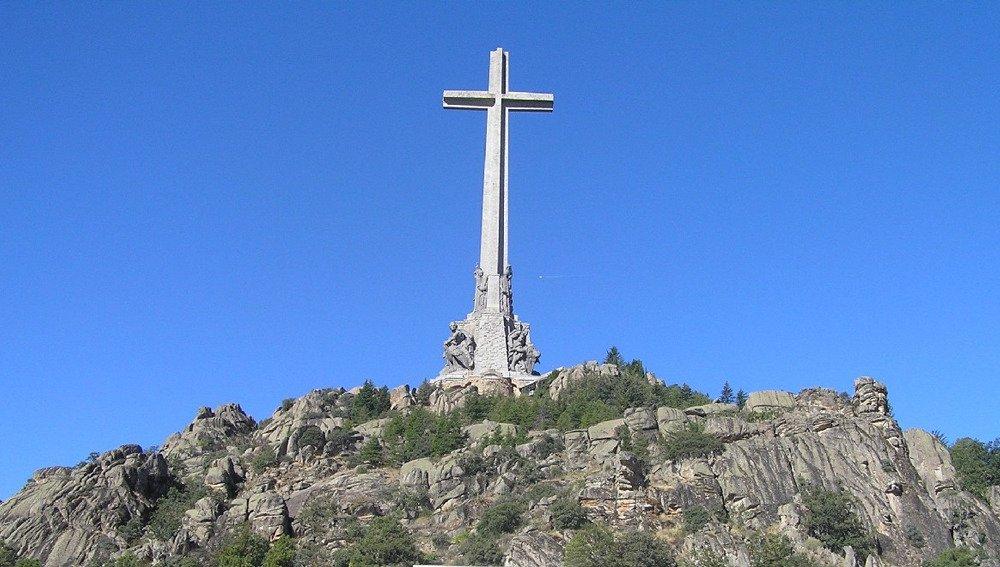Si no existiera esa obsesión revanchista, el Valle de la Santa Cruz sería una referencia turística que visitar