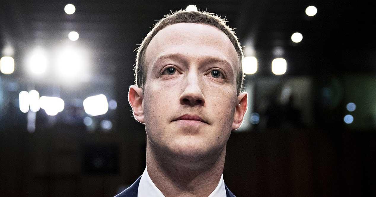 Coladero Facebook. Exponen los datos de 419 millones de usuarios… y se enteran pasado un año