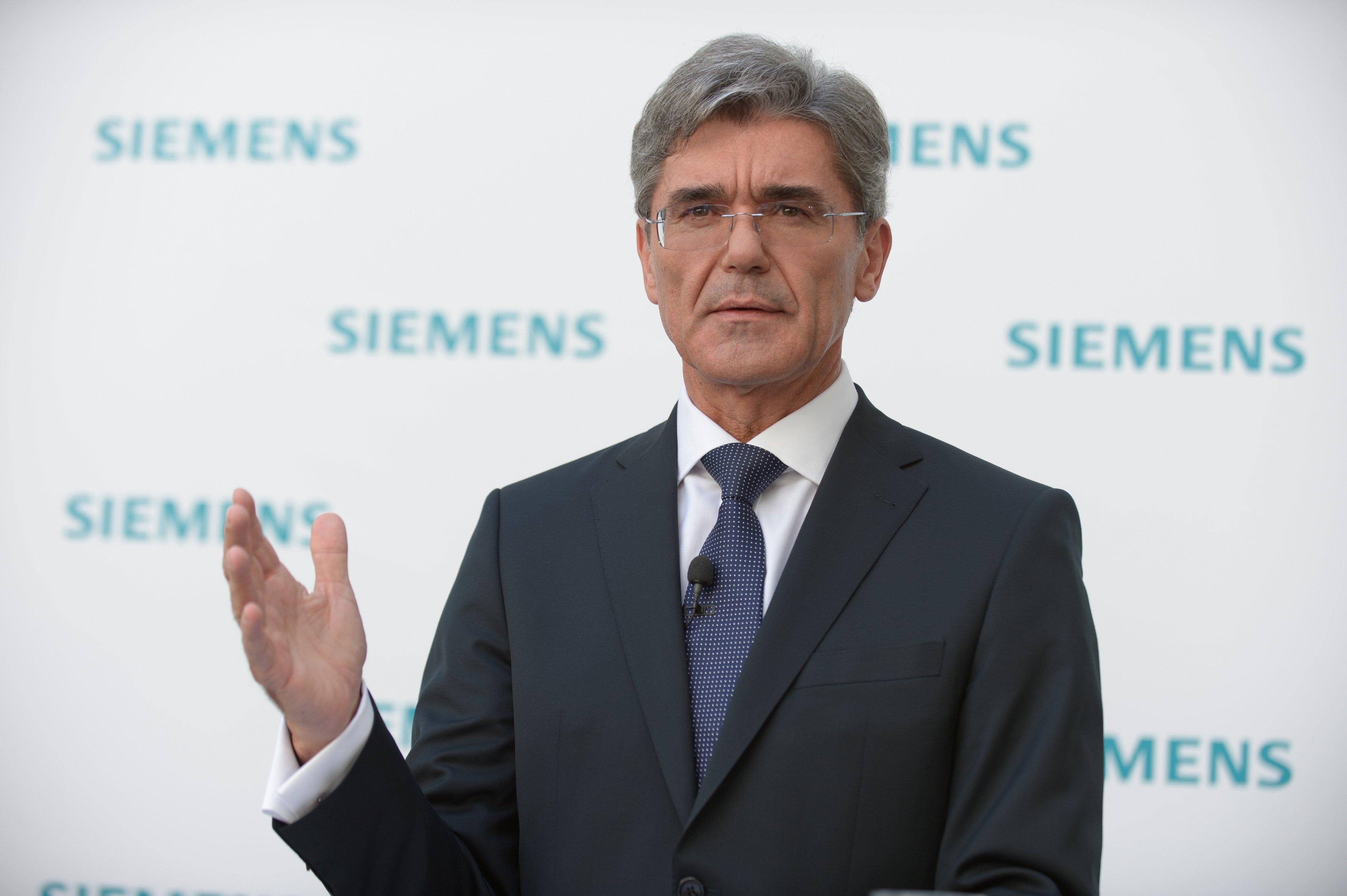 Siemens no levanta cabeza, por el beneficio y el posible veto a la fusión con Alstom
