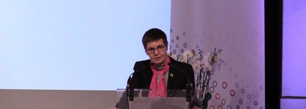 Tras el Popular, la simpática Elke König (JUR) prepara ahora la defensa de los bancos alemanes ante el posible derrumbe de Deutsche y Commerzank