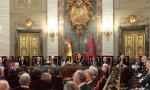 El presidente del Tribunal Supremo y del Consejo General del Poder Judicial, Carlos Lesmes, en el acto de apertura del Año Judicial, junto al Rey