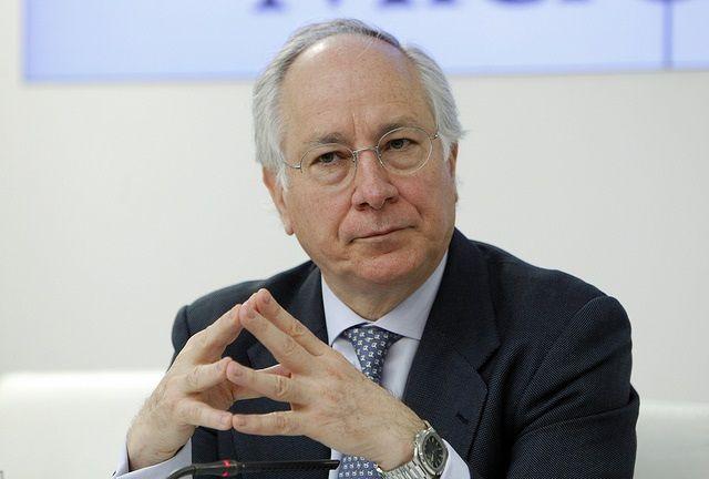 Repsol, un consejo de 300.000 euros. Tras abandonar la petrolera, Juan María Nin rompe toda relación con el Grupo Caixa