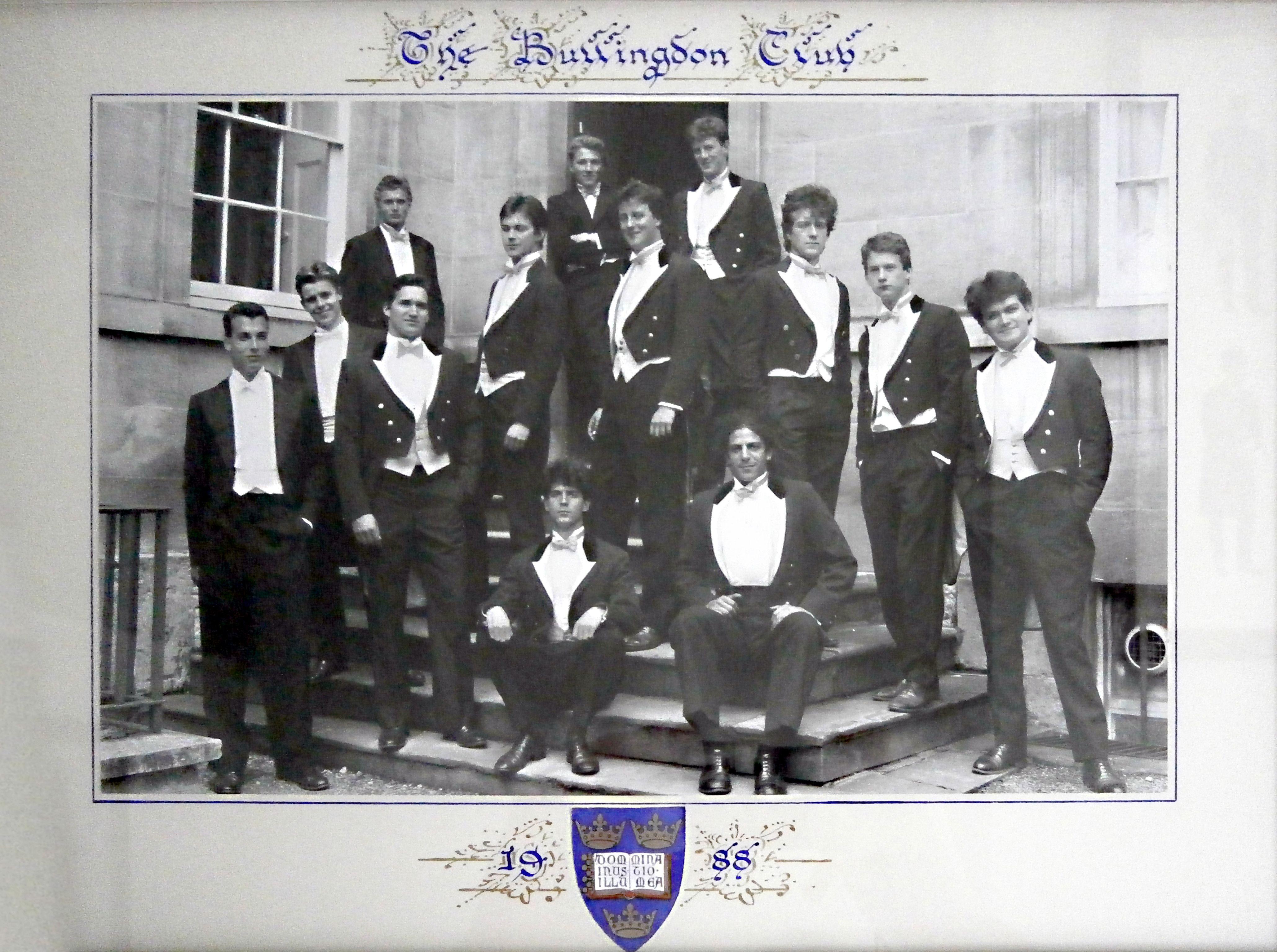 Los orígenes de David Cameron: miembro del elitista, exclusivo y vandálico club Bullingdon