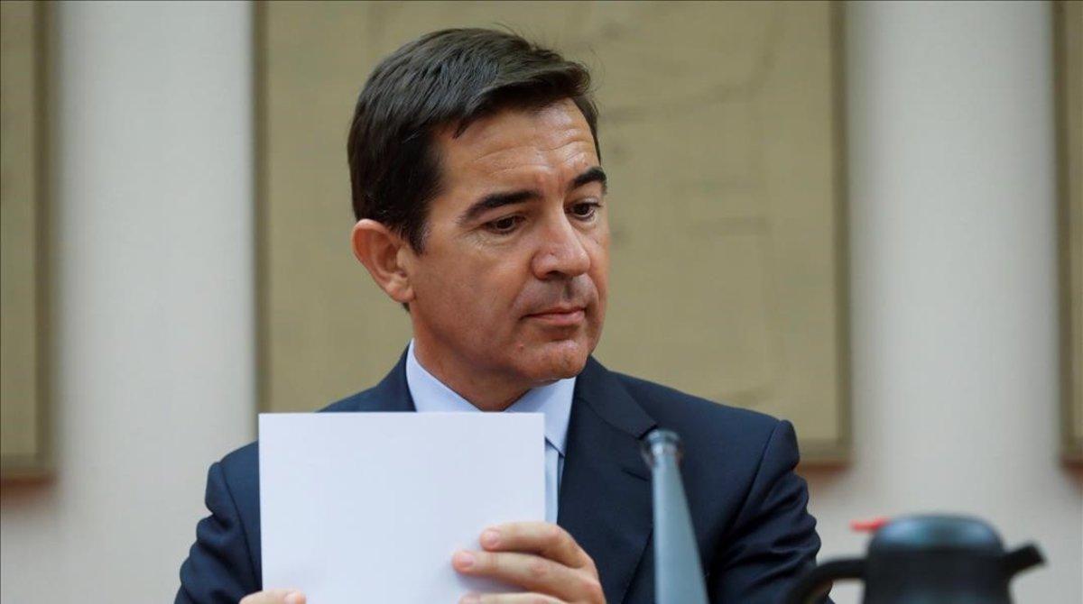 Carlos Torres tiene un problema: alguien tiene que ir a la cárcel y FG no está por la labor