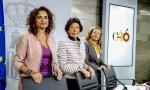 Isabel Celaá comparece ante los medios acompañada de las ministras de Hacienda, María Jesús Montero, y de Economía, Nadia Calviño