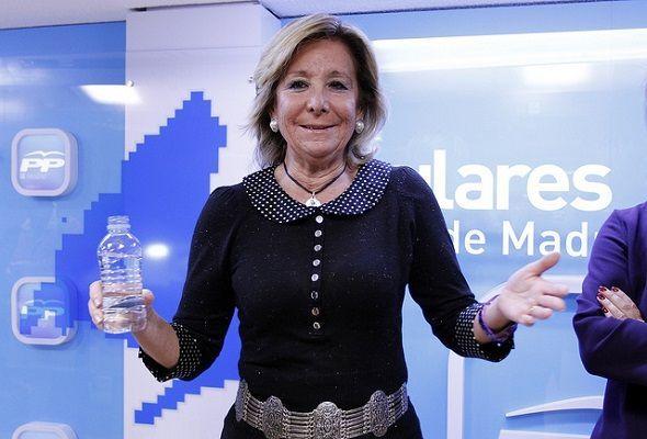 Esperanza Aguirre. O esclavos, o mercenarios… o buena gente