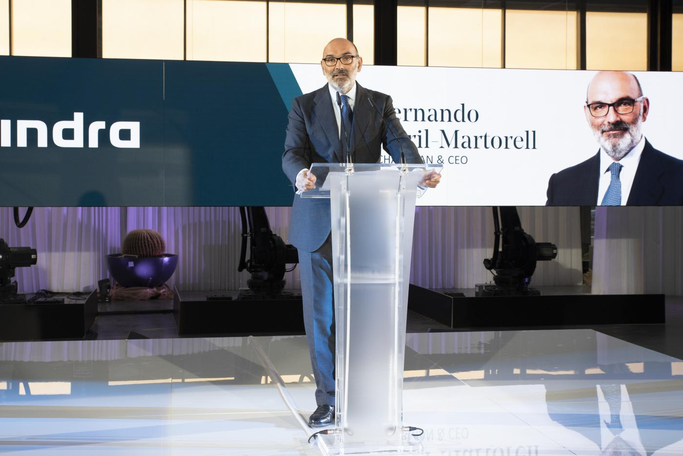 Estrategia de Fernando Abril-Martorell al frente de Indra: comprar, que no rentabilizar