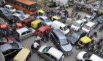 32 años para sustituir 33 millones de vehículos por eléctricos: ese es el atasco