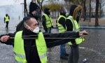 Los chalecos amarillos son la revuelta de esa Francia profunda contra las élites parisinas