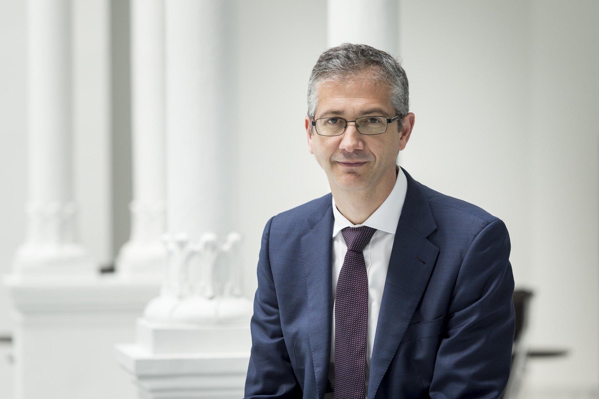 Pablo Hernández de Cos cree que los tipos de interés negativos no son malos para el negocio bancario