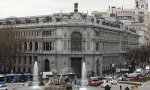 El Banco de España contradice al Gobierno: el PIB bajará más, al 2,5%, e insiste en que el SMI frenará el empleo