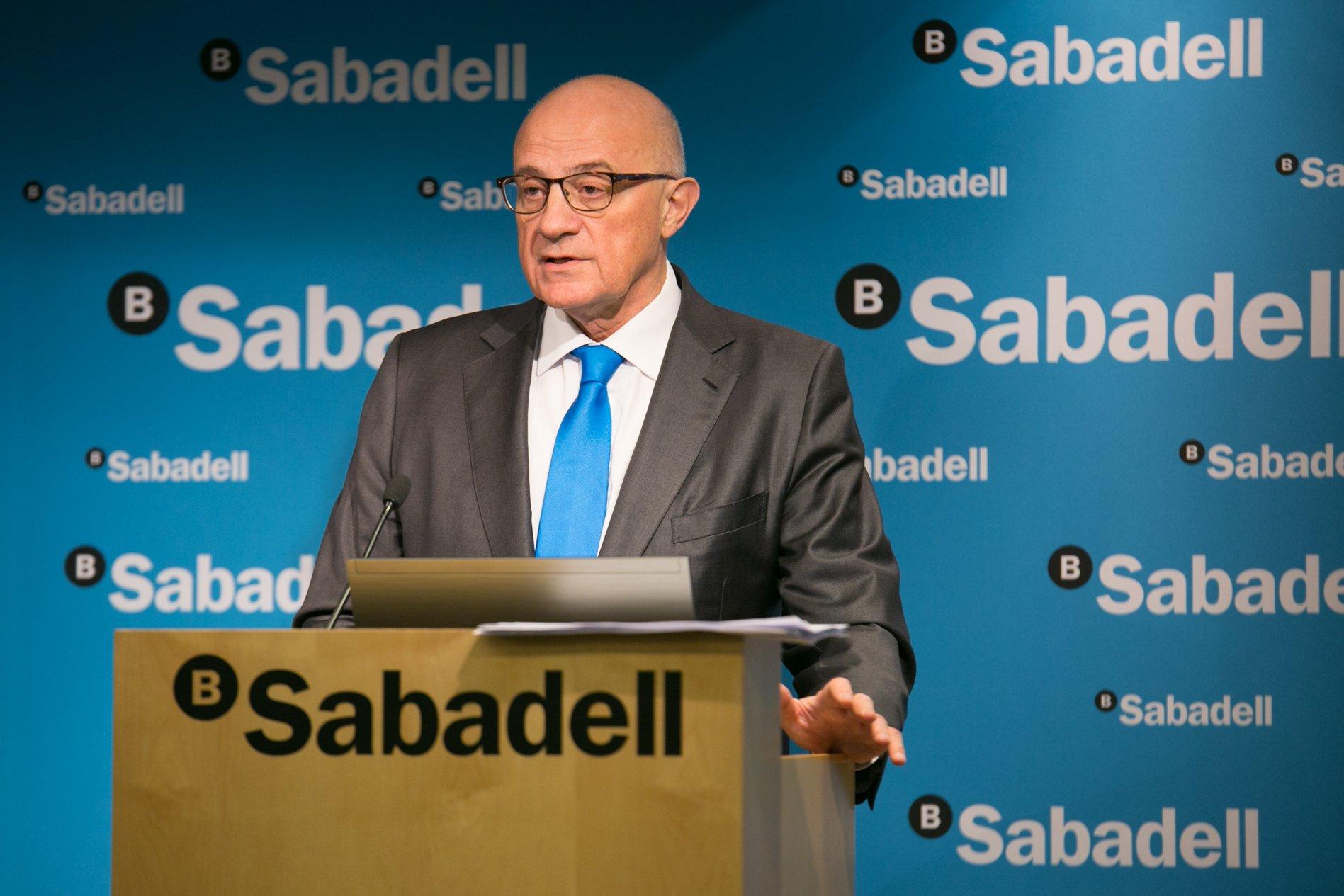 Josep Oliu seguirá como presidente del Sabadell otros cuatro años