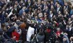 Nadie quería perderse las primeras declaraciones de Juanma Moreno como presidente de Andalucía