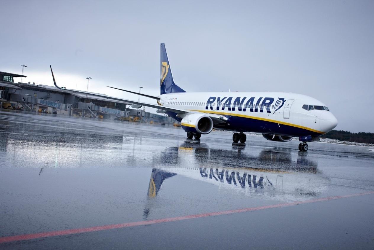 Ryanair abusa del cliente... y también de los trabajadores (pilotos y tripulantes de cabina)