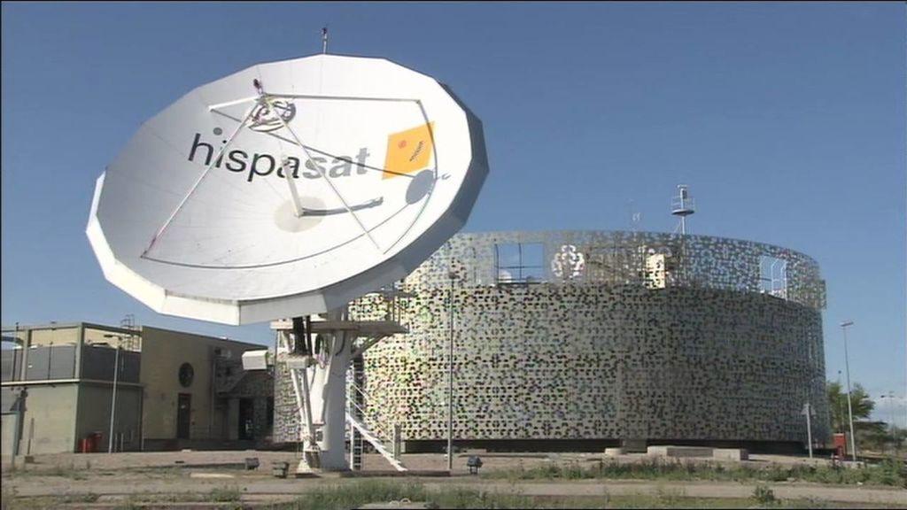 Hispasat es dueña del 43% de Hisdesat (satélites de defensa, seguridad, inteligencia y asuntos exteriores)