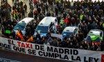 La huelga de taxistas vive su cuarto día en la capital sin solución a la vista; en Barcelona ha durado seis jornadas
