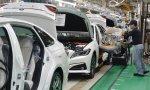 Toyota se aleja más de Volkswagen y Renault: recorta un 29% el beneficio