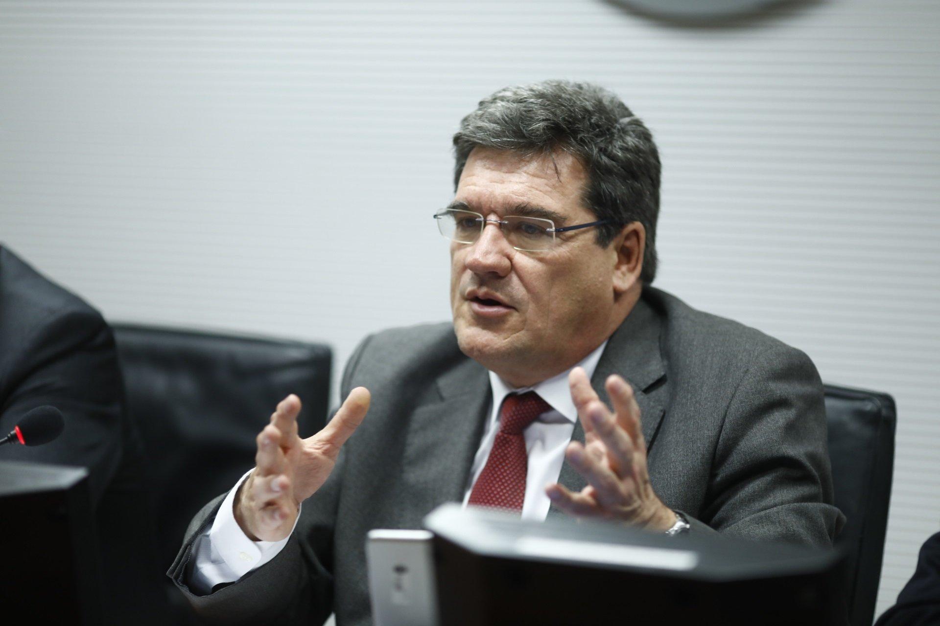 """Al ministro Escrivá le crece la nariz: """"Nuestro sistema de pensiones es solvente"""""""