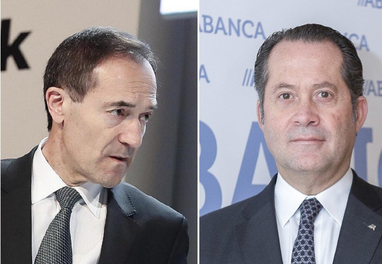 Juan Carlos Escotet (derecha) quiere Liberbank, la entidad que dirige Manuel Menéndez