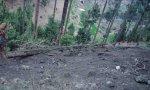 Campamento bombardeado