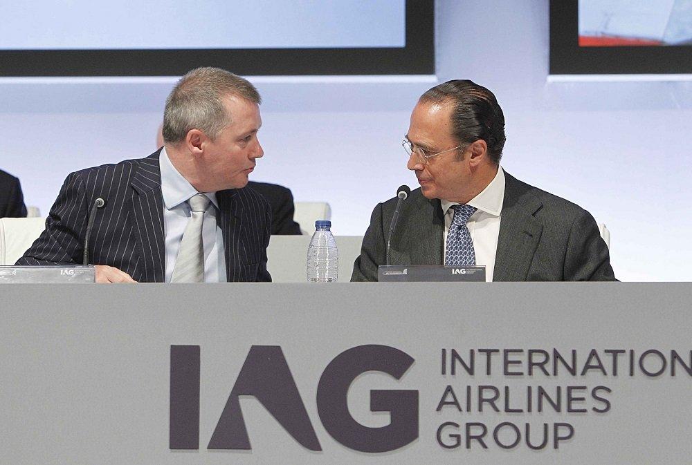 El CEO, Willie Walsh, quien de verdad manda en IAG (el relevo a Luis Gallego se ha aplazado unos meses), y el presidente del holding, Antonio Vázquez