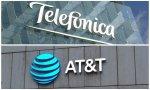 Telefónica y AT&T, dos caminos opuestos en materia de vídeo