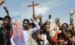 Lahore (Pakistán): comida y regalos de Navidad para el barrio cristiano víctima del atentado