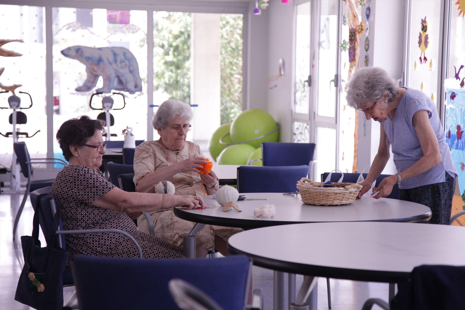 """Abogados Cristianos denuncia al Gobierno: """"Su forma de actuar es una muestra más de su actitud eutanásica que desprecia la vida de los mayores y de los discapacitados"""""""