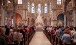 El número de católicos aumenta en España según el CIS