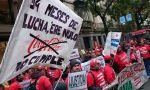 Coca-Cola, inquieta en España. La plantilla se moviliza y el PP quiere gravar a los refrescos