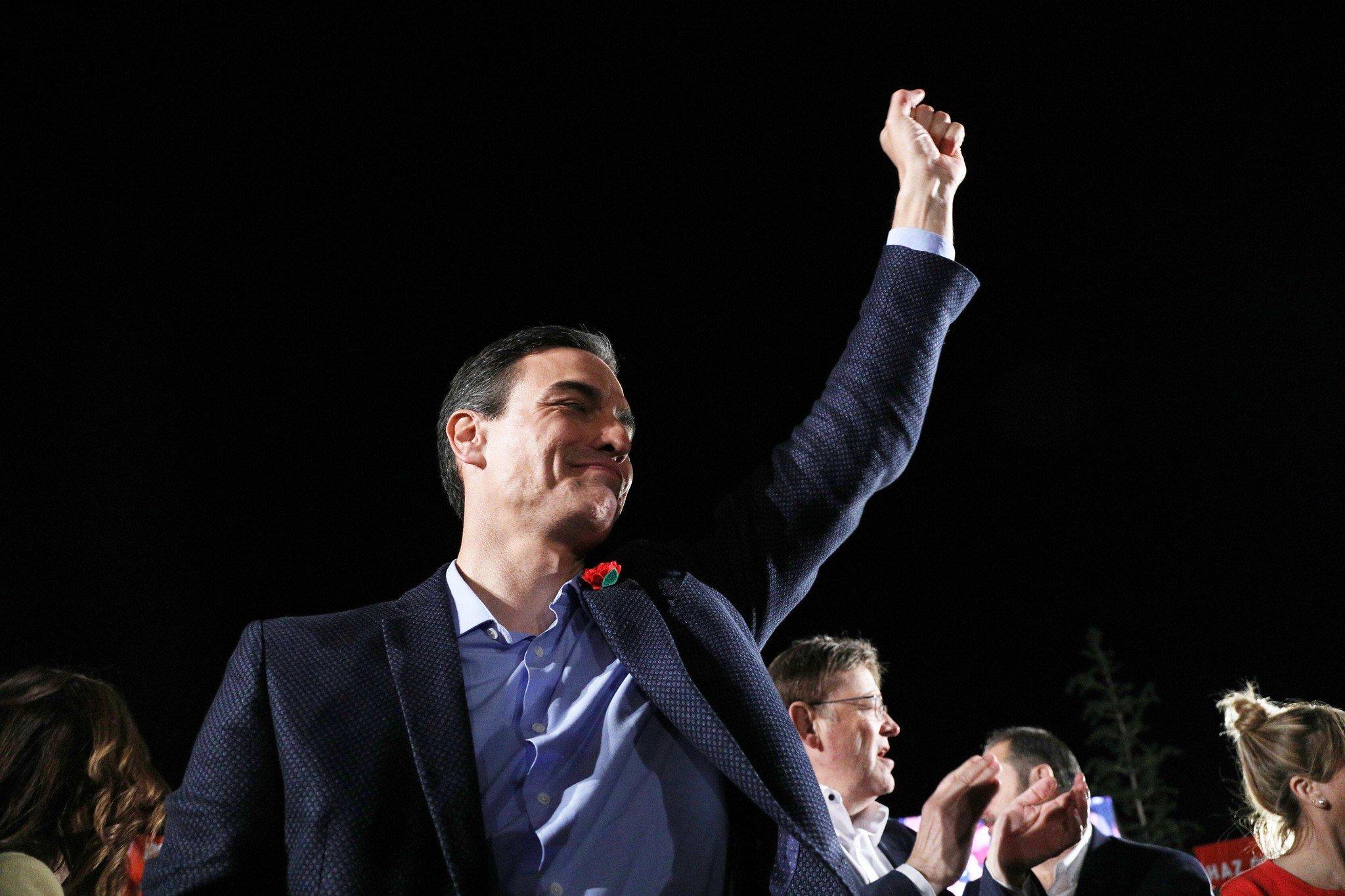 Pedro Sánchez consigue guerras internas en PP, Ciudadanos y Podemos