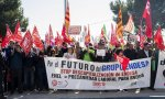 Los sindicatos, trabajadores jubilados y activos se hicieron notar en la Junta de Accionistas de Endesa