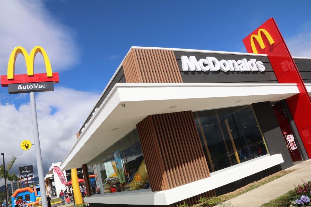 La gente come hamburguesas: McDonald´s ganó 6.000 millones de dólares en 2019, un 2% más