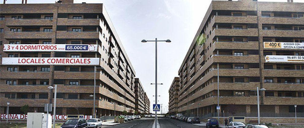 Los bancos 'regalan' sus activos tóxicos  a los fondos buitre: así se malvende España