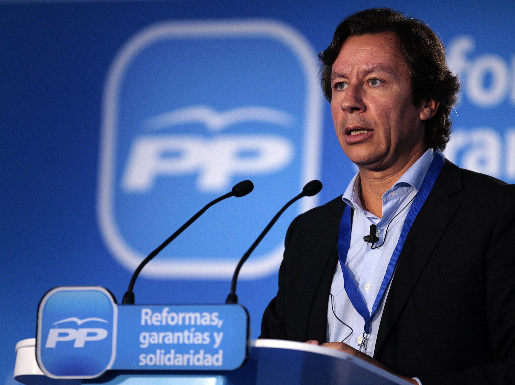 Tras el desastre en las europeas, Rajoy vuelve a nombrar a Floriano director de campaña para las elecciones de mayo