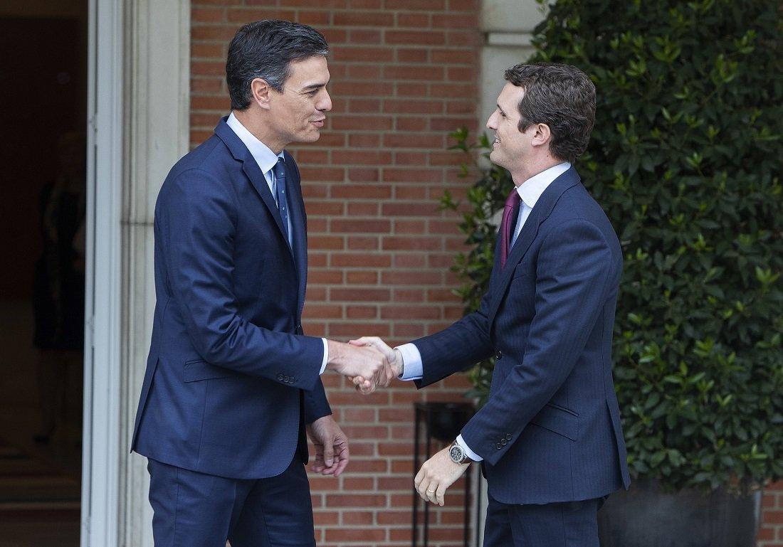 Sánchez y Casado: la democracia es cosa de dos, tú y yo.