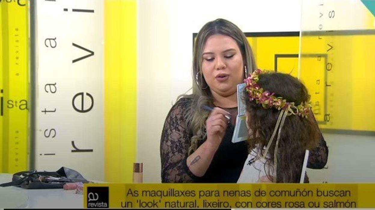 Curso de maquillaje para niñas de la televisión pública gallega