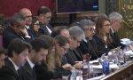 Javier Melero al fondo de la imagen y detrás sus defendidos