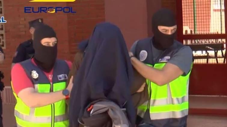 La Policía detiene a yihadistas.
