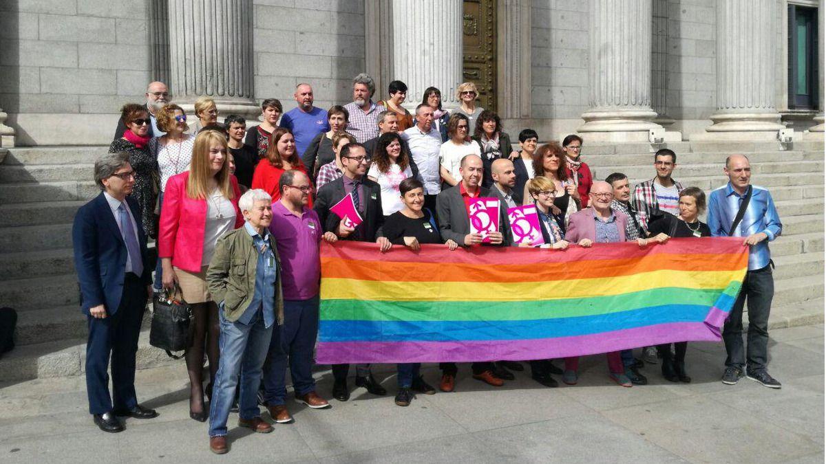 Partidos políticos con miembros de la Federación Estatal LGTB en el Congreso