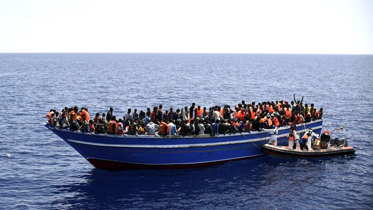 Sigue la tragedia: 58 migrantes muertos tras hundirse su embarcación cuando se dirigía a Canarias