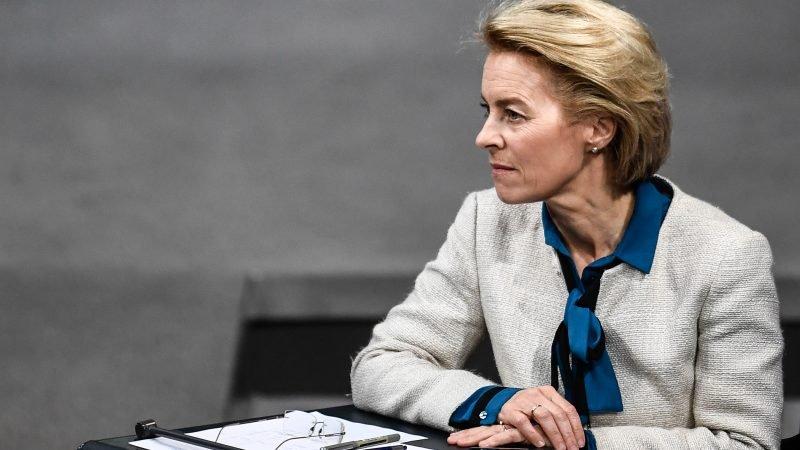 """Ursula Von der Leyen: """"El presupuesto europeo es un plan Marshall""""... pero Alemania y Holanda no aceptan los coronabonos"""