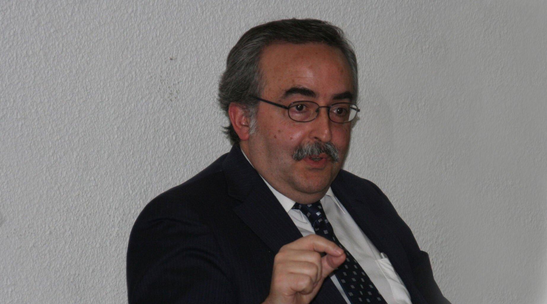 Fernando Ferrín Calamita